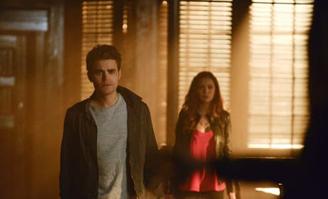 Party Guests - The Vampire Diaries Season 6 Episode 16