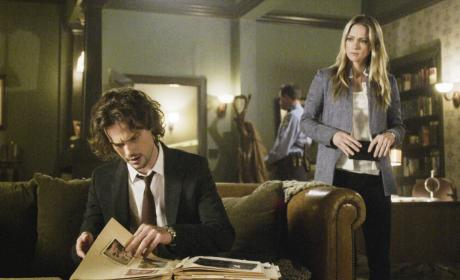 Scraps of Information - Criminal Minds Season 12 Episode 21