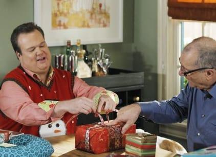 Watch Modern Family Season 3 Episode 10 Online