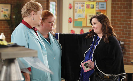 The Retirement Party - Mike & Molly