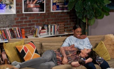 Couch Cuddles - Black Lightning Season 2 Episode 7