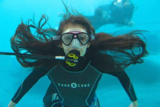 Elena Underwater