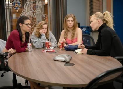 Watch Law & Order: SVU Season 17 Episode 17 Online