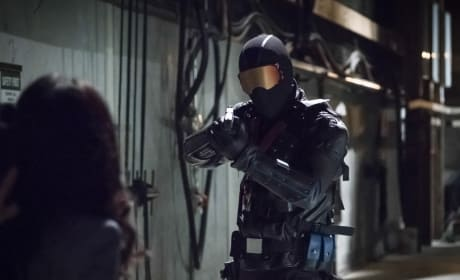 Who Is He Aiming At - Arrow Season 6 Episode 5