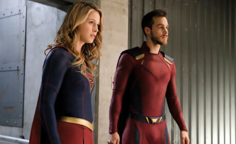 Super Duo - Supergirl Season 3 Episode 18