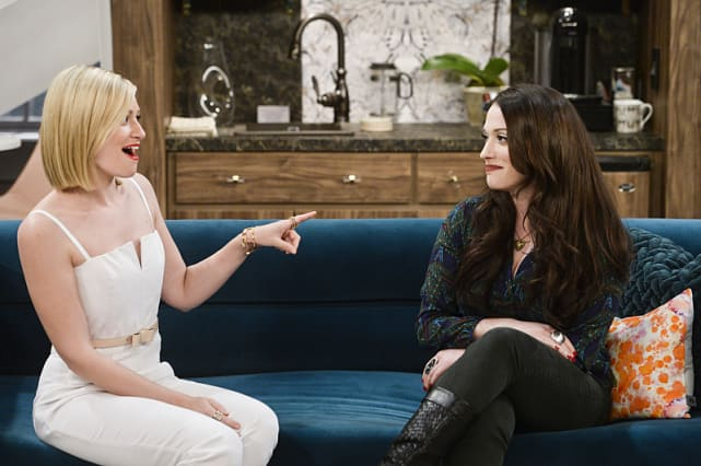 2 Broke Girls - CBS
