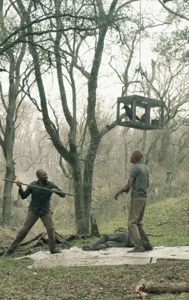 Fighting For Change - Fear the Walking Dead Season 5 Episode 2
