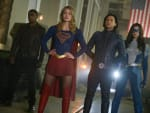 Catching Manchester Black - Supergirl