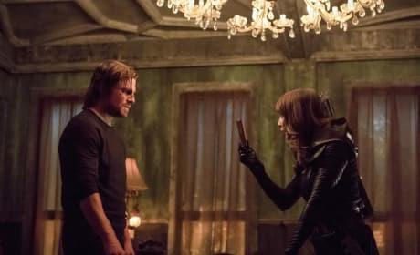 Talia al Ghul Teaches - Arrow Season 5 Episode 11