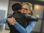Kara and Alex Hug It Out - Supergirl