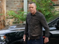 Voight is Back  - Chicago PD Season 9 Episode 1