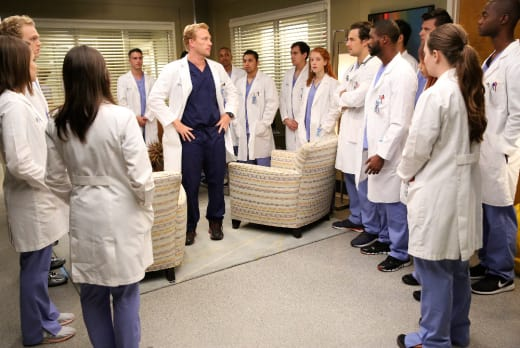 Owen Teaches a Tough Lesson - Grey's Anatomy Season 12 Episode 4