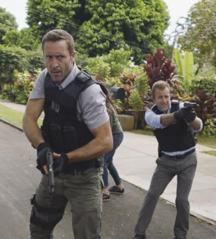 Seeking Criminals - Hawaii Five-0 Season 8 Episode 1