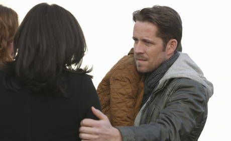 Explaining to Regina - Once Upon a Time Season 4 Episode 21