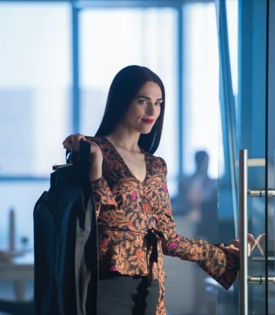 I Come in Peace - Supergirl Season 4 Episode 6