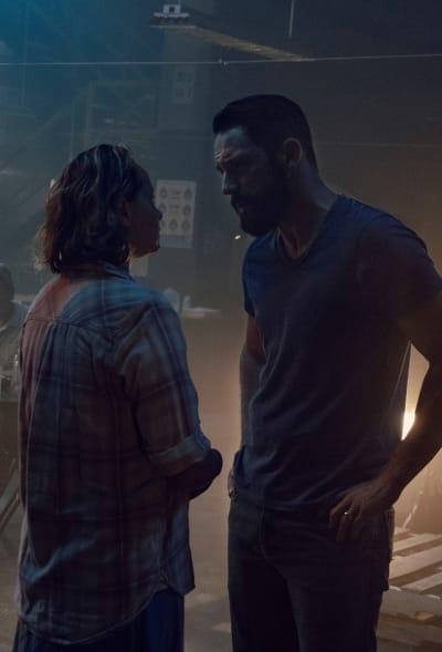 Having A Word - The Walking Dead Season 9 Episode 10
