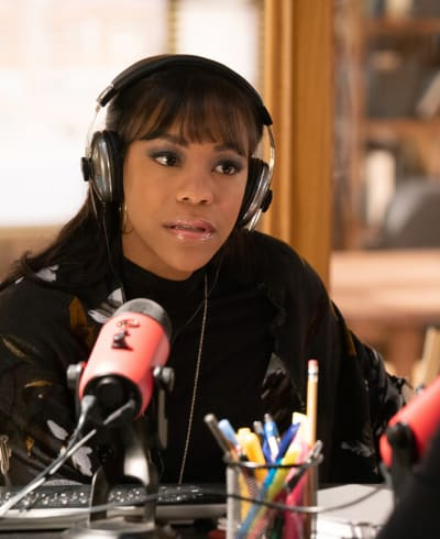 Podcaster Extraordinaire - Proven Innocent Season 1 Episode 11