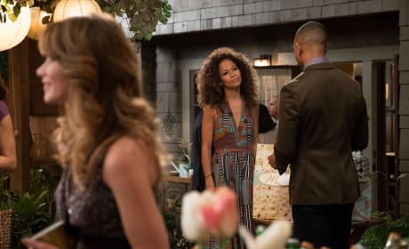 Socializing and Mingling - The Fosters Season 5 Episode 8
