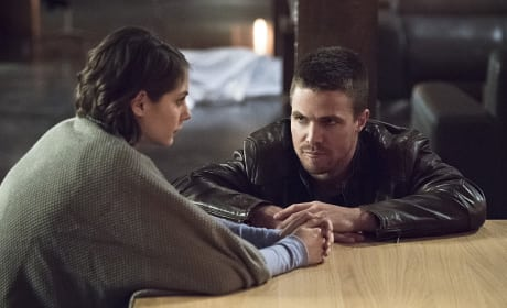 Heart to Heart - Arrow Season 3 Episode 13