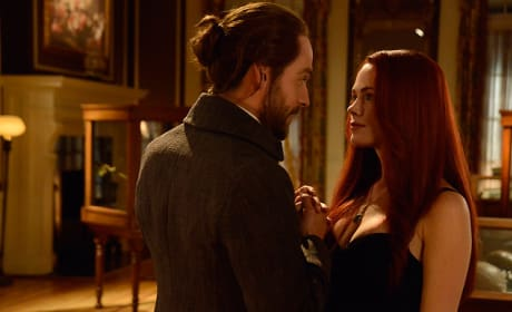 Ichabod and Katrina Team Up - Sleepy Hollow Season 2 Episode 13