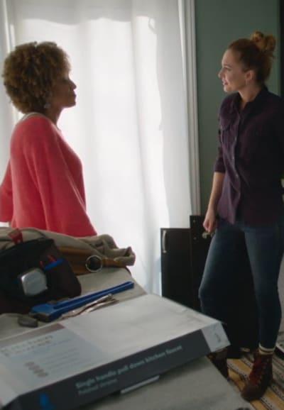 Flirtation - Good Witch Season 7 Episode 4