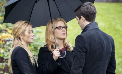 Arrow Series Finale Photos: Felicity Returns for Oliver's Funeral!