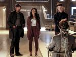 Waiting for answers  - The Flash Season 3 Episode 15