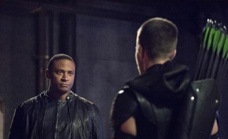 Old Friends - Arrow Season 4 Episode 1