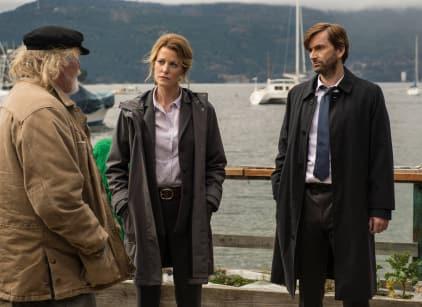 Watch Gracepoint Season 1 Episode 1 Online