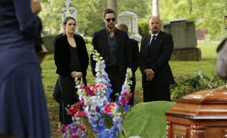At the Funeral - The Blacklist Season 5 Episode 5