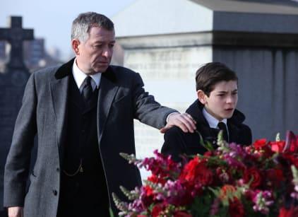 Watch Gotham Season 1 Episode 1 Online