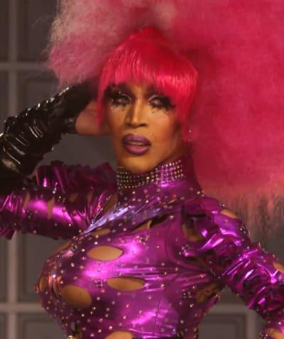 Show Up Queen - Tall - RuPaul's Drag Race All Stars Season 6 Episode 7