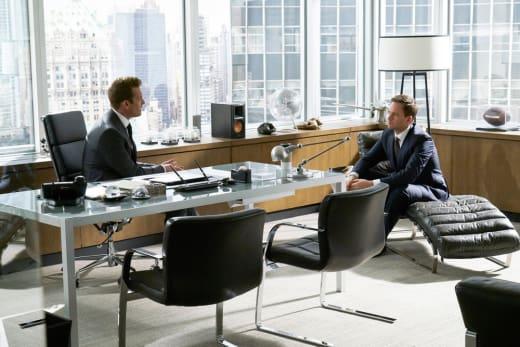 Friends Again - Suits Season 7 Episode 1