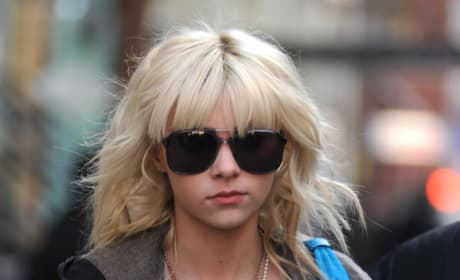 Taylor Momsen Keeps it Casual