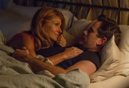 Rayna and Deacon in bed - Nashville Season 5 Episode 2