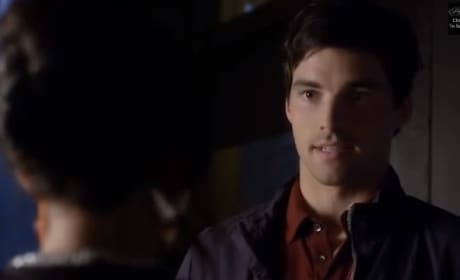 """Pretty Little Liars Clip from """"Free Fall"""""""
