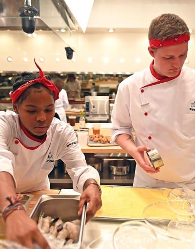 Payton and Keona - tall - Hell's Kitchen Season 20 Episode 6