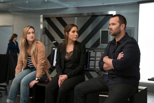 Gang Back Together - Blindspot Season 3 Episode 1