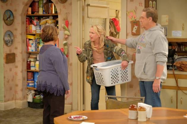 Becky's Fight - Roseanne Season 10 Episode 4
