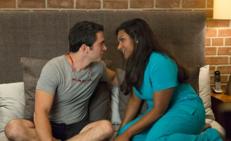 Juggling New Love - The Mindy Project