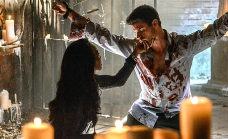 Held by Esther - The Originals Season 2 Episode 6