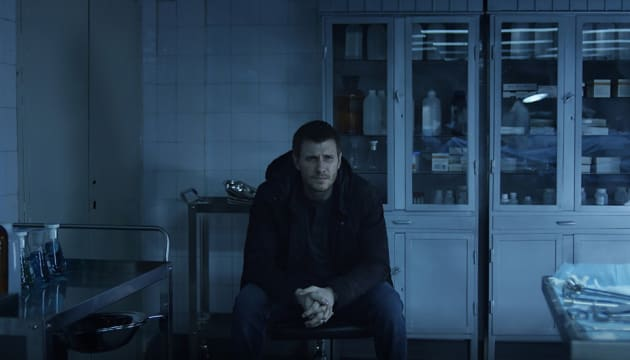 Six Bodies - Absentia Season 1 Episode 7