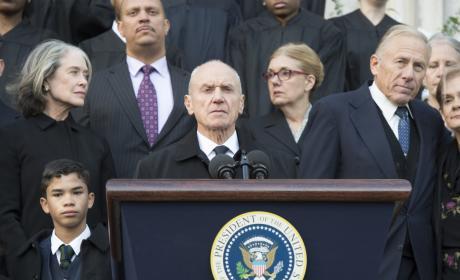 POTUS Urges Reauthorization of Patriot Act - Homeland Season 6 Episode 6