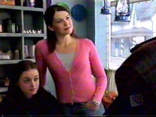 Gilmore Girls Pilot Pic