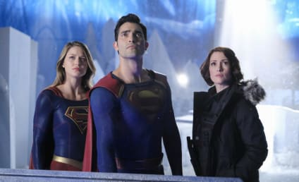 Supergirl Finale Photo Preview: Superman is Back!