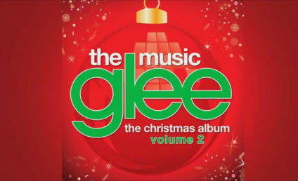 Glee Cast Asks, Sings: Do They Know It's Christmas?