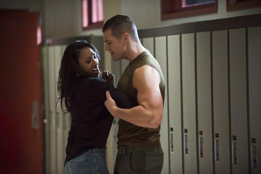 Iris in Trouble - The Flash Season 1 Episode 6