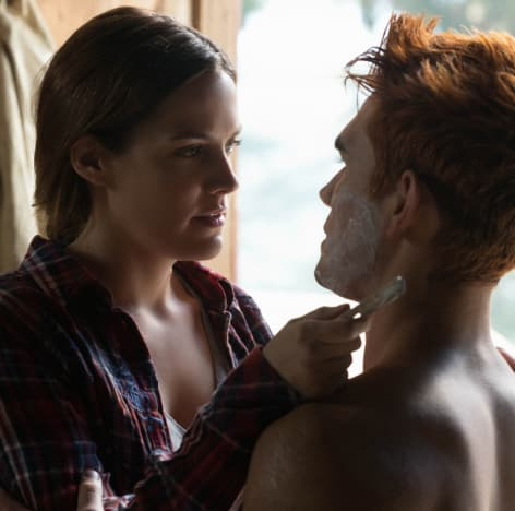 Close Shave - Riverdale Season 3 Episode 7