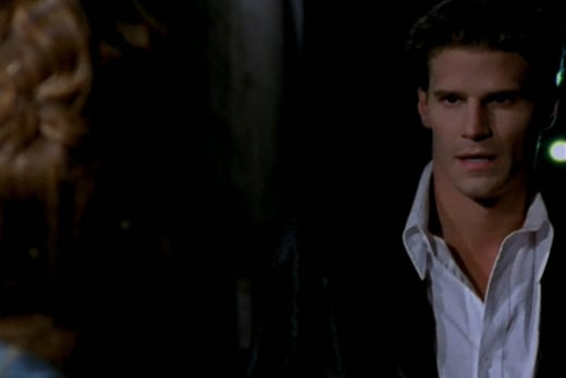 Angel Arrives - Buffy the Vampire Slayer Season 1 Episode 1