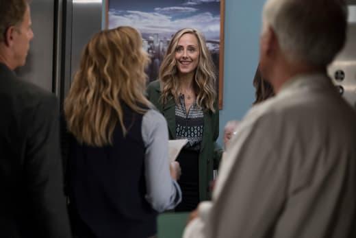 Teddy Queen of Awkward - Grey's Anatomy Season 15 Episode 1